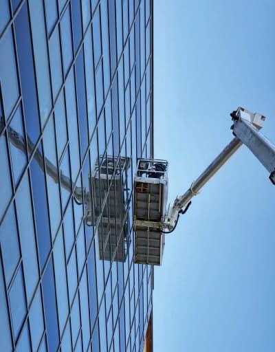 Gebäude Lift bei TR Plus Gebaäudereinigung